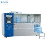 Guangzhou prix d'usine Bouteille de lavage automatique 5 Gallon plafonnement de remplissage de l'Osmose Inverse l'eau pure vending machine