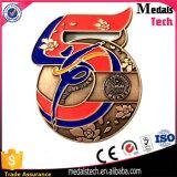 Médaille directe de sport plaquée par or de forme de tournée d'usine pour le souvenir