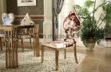 Dimensión de una variable del corazón que cena la silla para cenar los muebles