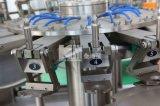 Remplissage automatique de l'eau embouteillée de ligne de production