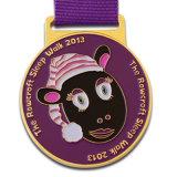 Fornitore simbolico personalizzato della sagola di Cupcustomised del regalo della medaglia del premio di funzionamento dello smalto
