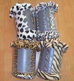 Couleur unie Shu Couverture velours avec l'Three-Color pompons