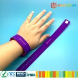 Wristband de Nfc do silicone de Rewearable Ntag213 para a piscina