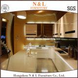 Armoires de cuisine moderne avec des portes en verre laque MDF