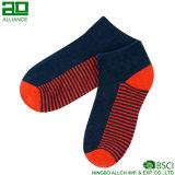 Нашивки продают носки оптом лодыжки хлопка короткие
