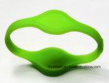 Doppio silicone ID/IC di evento/festival del braccialetto del chip Hf/UHF RFID che segue Wristband