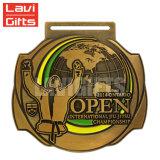 Изготовленный на заказ привлекательное медаль конкуренции Taekwondo спорта серебра Antique конструкции