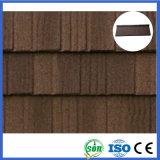 Azulejo de azotea revestido del metal de la piedra del material de construcción (tipo de madera)
