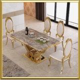 Mobilia moderna all'ingrosso della sala da pranzo dell'acciaio inossidabile dell'oro/Tabella pranzante superiore di marmo bianca con il re reale Throne Chairs della parte superiore