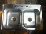 ステンレス鋼Topmount Cupc Certifactionの洗面器の50/50の二重台所の流し3322
