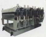 フルオートマチックPVC自由な泡のボードの放出のプラスチック機械装置