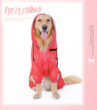 Des chiens de l'imperméable à la marche de la porte étanche rouge et noir couvercle de protection de l'eau de pluie Vêtements