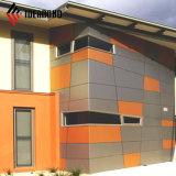 El panel de emparedado de aluminio de interior revestido del material de construcción de la decoración del PE