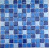 Azulejo de mosaico de cristal azul de la piscina