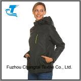 Куртка лыжи с капюшоном Outerwear женщин активно водоустойчивая теплая