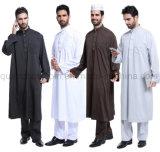 주문 민중 아라비아 이슬람교 회교도 남자 의류는 겉옷을 입는다