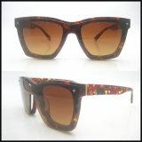 De nieuwe Modieuze Zonnebril van de Manier van de Vrouw van de Acetaat van de Kwaliteit met UV400