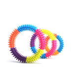 저항하는 Pet Traning Products 3/4/5colors Ring Toys Pet Bite Rubber Toys