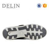 На заводе для изготовителей оборудования Delin 2017 новых прибывают мужчин повседневная обувь