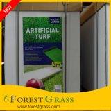 Natürliches schauendes gefälschtes Gras auf im Freiendekoration