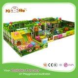 Cour de jeu de parc d'attractions de place d'enfants de thème de jungle