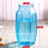 Vaso di vetro variopinto con ciondolare