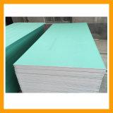 L'humidité s'arrêter les plaques de plâtre en taille standard