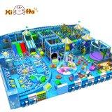 Cour de jeu d'intérieur de luxe de gosses de parc d'attractions