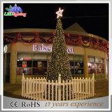 Luz iluminada ao ar livre artificial das árvores de Natal do metal da alta qualidade
