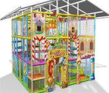 Campo de jogos interno do divertimento do elogio para miúdos