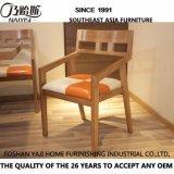 Cadeira de madeira maciça de modelo para viver de móveis domésticos CH-636