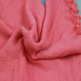 красная шаль 100%Polyester с вспомогательным оборудованием способа Tassel для шарфа девушок