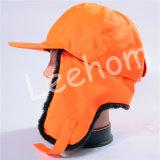 Шлем ватки зимы плюша с Earflaps