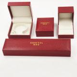 Cuero PU IMITACIÓN CUERO Suede caja de embalaje para la joyería (J37-E4).