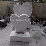 Lapide a forma di del cuore di marmo bianco italiano di Carrara
