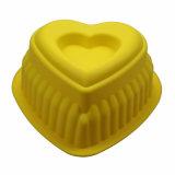 Jaune antiadhésif en forme de coeur de carter de traitement au four de gâteau de silicones de catégorie comestible de FDA/LFGB