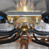O condicionador de ar do barramento da cidade parte o ventilador 13 do condensador