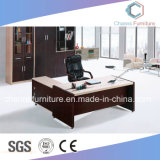 Escritorio de oficina de madera del vector del ordenador de los muebles del proyecto