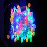 بالجملة عيد ميلاد المسيح [لد] كرة يشعل [لد] ضوء لأنّ خارجيّ حزب/مهرجان/عرس إستعمال