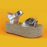 2017 scarpe di tela spesse dei sandali di Platformfashion dell'oro delle donne