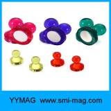 Aimant transparent de chevilles de punaises magnétiques de Thumbtack (couleur faite au hasard)