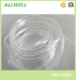 Le PVC souple en plastique transparent flexible au niveau de l'eau tuyau tube