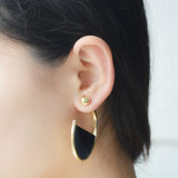 Boucles d'oreille dégrossies acryliques de demi-cercle de noir de bille plaquées par or doubles