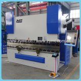 O CNC controla o freio da imprensa hidráulica para a placa de metal com Da52s