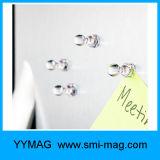 Uso magnetico dei perni di spinta di colore per i magneti dei programmi, magneti del calendario, magneti di Whiteboard