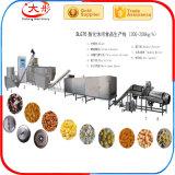 El maíz industrial sopló alimento de bocados ampliado que hacía la máquina