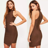 Brown-Verband-Ring-Detail asymetrisches Bodycon Kleid