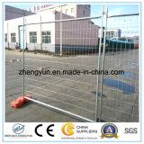 El acoplamiento soldado de la fábrica de China instala la cerca temporal