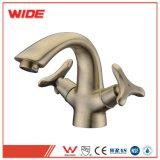 Personnaliser deux attributs de la poignée du robinet en laiton avec noir/ couleur dorée (Benci série)