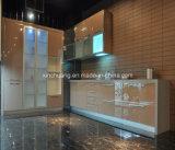 光沢度の高く純粋で白いラッカー食器棚
